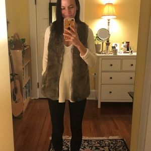 Faux Fur Vest - Great for the Winter!